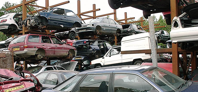 Things to do before sending your scrap car to junk yard